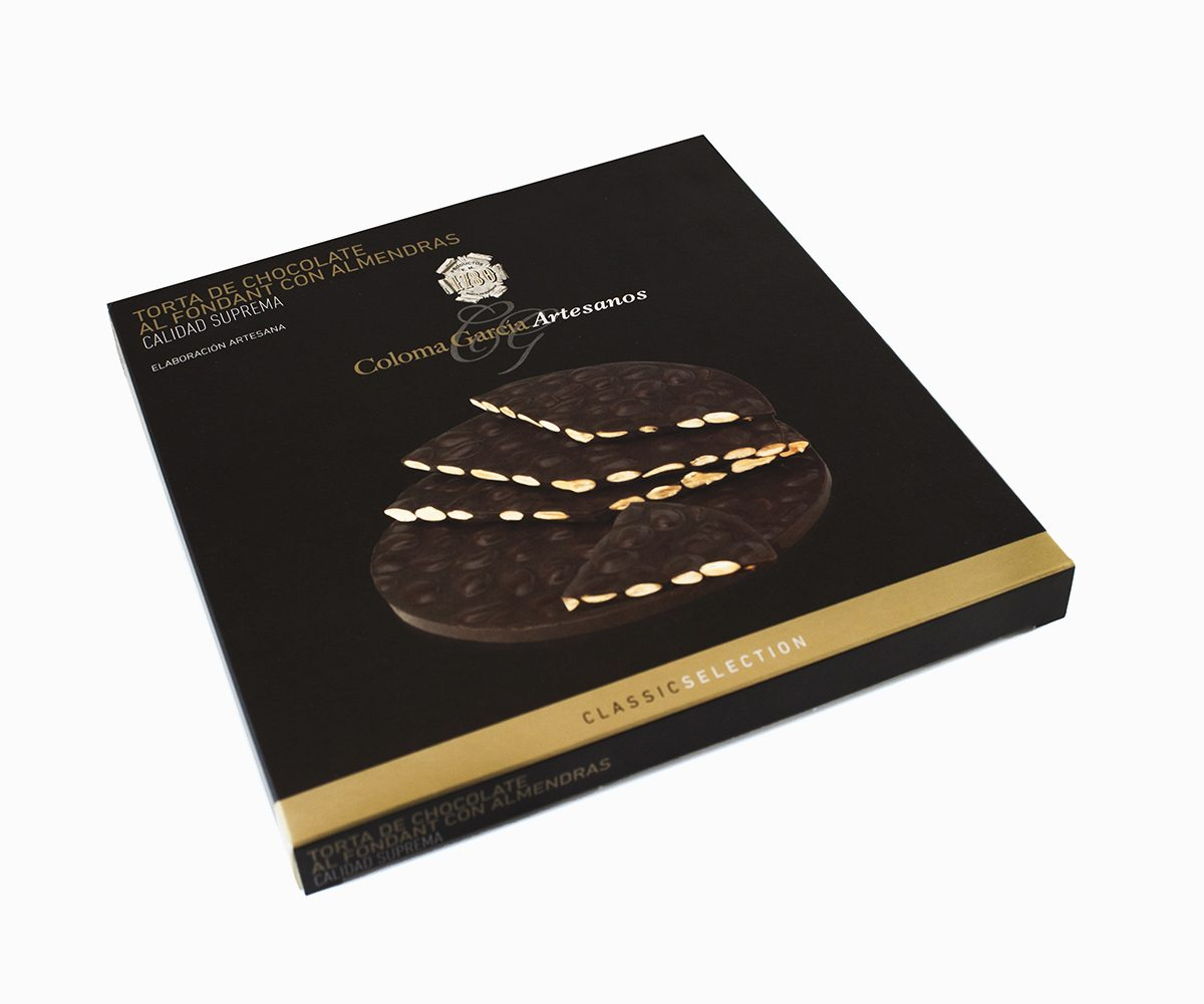 Torta Turrón de Chocolate al Fondant con Almendras