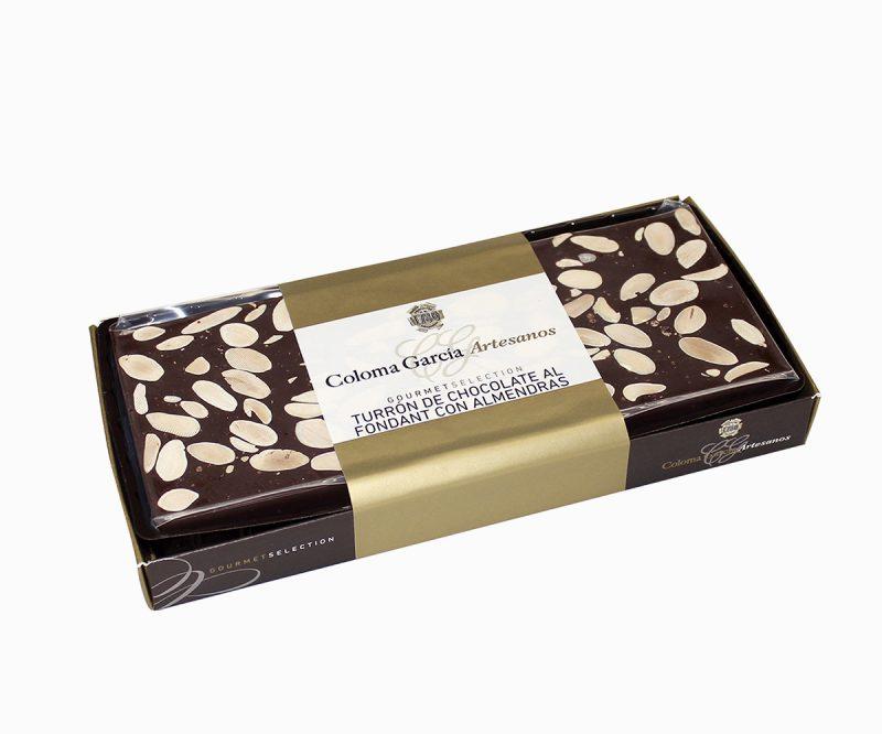 Bandeja de Turrón de Chocolate al fondant con Almendras